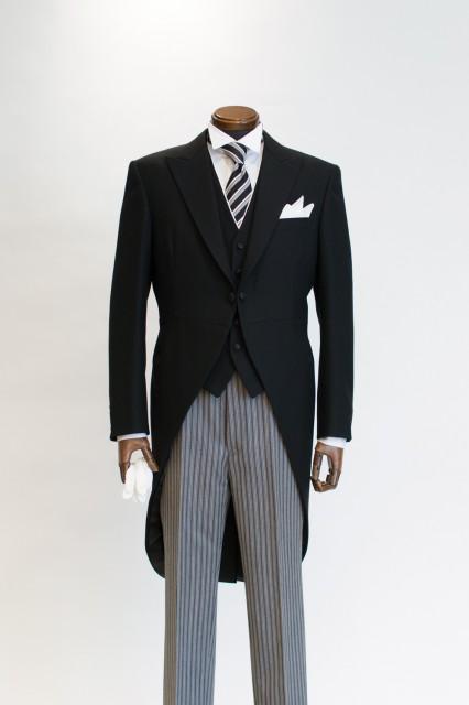2014お父様向け新作モーニングコート、黒べスト&ネクタイ